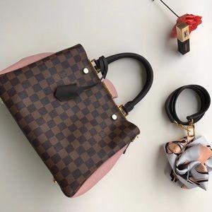 $260 Louis Vuitton bag